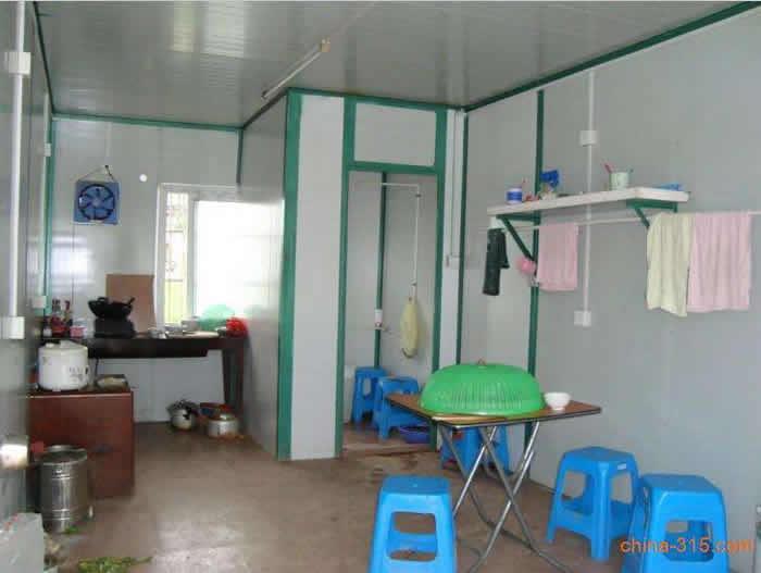 集装箱改厨房和卫生间